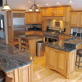 custom counters & cabinets